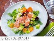 Купить «Ceviche from salmon on plate with cumquat, green dill and avocado», фото № 32397517, снято 11 ноября 2019 г. (c) Яков Филимонов / Фотобанк Лори