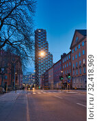 Купить «The western tower of Norra Torren a pair of residential skyscrapers in Vasastaden an area in the district of Norrmalm, Stockholm, Sweden. The western tower...», фото № 32418969, снято 4 апреля 2019 г. (c) age Fotostock / Фотобанк Лори