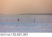 Купить «Winter sport at sea», фото № 32421361, снято 3 февраля 2012 г. (c) Argument / Фотобанк Лори