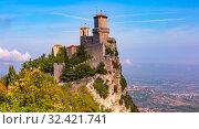 Купить «Guaita fortress in San Marino», фото № 32421741, снято 26 сентября 2019 г. (c) Коваленкова Ольга / Фотобанк Лори