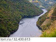 Купить «Ribeira Sacra, Heroic Viticulture, Sil river canyon, Doade, Sober, Lugo, Galicia, Spain», фото № 32430613, снято 23 мая 2019 г. (c) age Fotostock / Фотобанк Лори