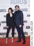 Carlos Bardem, Ruth Diaz attends 'Adios' premiere at Capitol Cinema on November 19, 2019 in Madrid, Spain. Редакционное фото, фотограф Manuel Cedron / age Fotostock / Фотобанк Лори