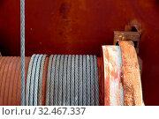 Verrostete Seilwinde, Symbol für Kraft, Zuverlässigkeit, Hilfe. Стоковое фото, фотограф Zoonar.com/Erwin Wodicka / age Fotostock / Фотобанк Лори