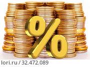 Купить «Символ процента на фоне денег . Концепция изменения банковских  ставок .», фото № 32472089, снято 24 декабря 2019 г. (c) Сергеев Валерий / Фотобанк Лори