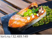 Купить «Baked salmon steak with broccoli», фото № 32489149, снято 14 декабря 2019 г. (c) Яков Филимонов / Фотобанк Лори