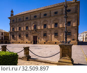 Spain, Andalusia, Jaen, Úbeda. Úbeda (from Arabic Ubbada al-`Arab and this from Iberian Ibiut) is a town in the province of Jaén in Spain's autonomous... Стоковое фото, фотограф J.D. Dallet / age Fotostock / Фотобанк Лори