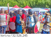 Купить «Russia, Samara, July 2019: an ethno-historical holiday with a reconstruction of the battle of Timur and Tokhtamysh in 1391.», фото № 32526245, снято 28 июля 2019 г. (c) Акиньшин Владимир / Фотобанк Лори