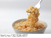 Instant noodles with meat and herbs. Стоковое фото, фотограф Руслан Аюпов / Фотобанк Лори