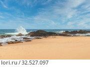 Песчаный пляж Индийского океана. Амбалангода, Шри-Ланка. Sri Lanka, South West Coast, Ambalangoda, beach (2018 год). Стоковое фото, фотограф Владимир Сергеев / Фотобанк Лори