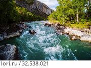 Купить «Behemoth River Rapid on the Chuya River, Mountain Altai, Russia», фото № 32538021, снято 13 сентября 2019 г. (c) Вадим Орлов / Фотобанк Лори