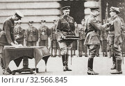 Купить «King George V awarding a soldier the Victoria Cross, Britain's highest honour to courage, during WWI. From The Pageant of the Century, published 1934.», фото № 32566845, снято 25 февраля 2020 г. (c) age Fotostock / Фотобанк Лори