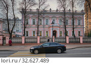 Moscow, Russia, View of the mansion of Russian entrepreneur and honorary citizen Valentin Asigkritovich Balin, built in 1902, currently the residence of the Ambassador of Turkey (2019 год). Редакционное фото, фотограф Алексей Голованов / Фотобанк Лори
