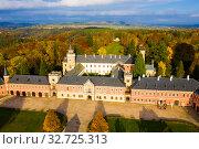 Купить «Aerial view of Sychrov Castle, Czech Republic», фото № 32725313, снято 18 октября 2019 г. (c) Яков Филимонов / Фотобанк Лори