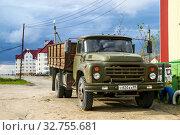 ZiL 130 (2016 год). Редакционное фото, фотограф Art Konovalov / Фотобанк Лори
