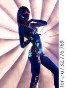 Girl with ultraviolet color pattern bodyart shot. Стоковое фото, фотограф Гурьянов Андрей / Фотобанк Лори