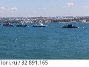 Купить «Строй военных кораблей в Севастопольской бухте, Крым», фото № 32891165, снято 25 июля 2019 г. (c) Николай Мухорин / Фотобанк Лори