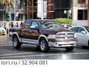 Dodge Ram 1500 (2018 год). Редакционное фото, фотограф Art Konovalov / Фотобанк Лори
