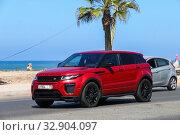 Купить «Range Rover Evoque», фото № 32904097, снято 29 сентября 2019 г. (c) Art Konovalov / Фотобанк Лори