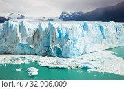 Купить «Glacier Perito Moreno, southeast of Argentina», фото № 32906009, снято 2 февраля 2017 г. (c) Яков Филимонов / Фотобанк Лори