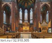 Купить «Интерьер церкви св. Иоанна в Стокгольме, Швеция», фото № 32910305, снято 24 мая 2019 г. (c) Михаил Марковский / Фотобанк Лори