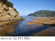 Barbadun river and La Arena Beach, Muskiz (Somorrostro), Biscay, Basque Country, Euskadi, Euskal Herria, Spain, Europe. Стоковое фото, фотограф Juanma Aparicio / age Fotostock / Фотобанк Лори