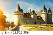 Medieval castle Chateau de Sully-sur-Loire (2018 год). Стоковое фото, фотограф Яков Филимонов / Фотобанк Лори