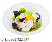 Купить «Cod ceviche with mango», фото № 32922397, снято 11 июля 2020 г. (c) Яков Филимонов / Фотобанк Лори