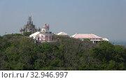 Купить «Старинная обсерватория на Королевском холме (Phra Nakhon Khiri). Пхетчабури, Таиланд», видеоролик № 32946997, снято 13 декабря 2018 г. (c) Виктор Карасев / Фотобанк Лори