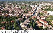 Scenic cityscape from drone of Italian town of Portogruaro in sunny day, Veneto, Italy (2019 год). Стоковое видео, видеограф Яков Филимонов / Фотобанк Лори