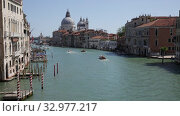 Купить «Scenic view of Venetian Grand Canal with old colorful architecture of central districts and St Mark Campanile in sunny day», видеоролик № 32977217, снято 5 сентября 2019 г. (c) Яков Филимонов / Фотобанк Лори