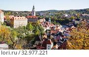 Купить «Picturesque view of old buildings of Cesky Krumlov cityscape with Vltava river, Czech Republic», видеоролик № 32977221, снято 15 июля 2020 г. (c) Яков Филимонов / Фотобанк Лори