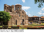 Купить «Church of Christ Pantocrator (13th – 14th century) in the old town of Nessebar», фото № 32983665, снято 26 июня 2019 г. (c) Юлия Бабкина / Фотобанк Лори
