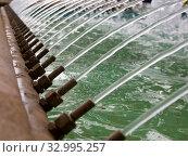 Купить «Фрагмент арочного фонтана», фото № 32995257, снято 4 августа 2019 г. (c) Вячеслав Палес / Фотобанк Лори