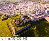 Купить «Panoramic view from drone of the castle in Elvas. Portugal», фото № 33033145, снято 22 апреля 2019 г. (c) Яков Филимонов / Фотобанк Лори