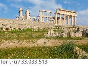 Купить «Храм Афайи, остров Эгина, Греция», фото № 33033513, снято 21 января 2020 г. (c) Ирина Яровая / Фотобанк Лори