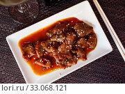 Купить «Wok with veal and sesame seeds. Japanese cuisine», фото № 33068121, снято 27 февраля 2020 г. (c) Яков Филимонов / Фотобанк Лори