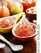 Купить «Fresh pear jam», фото № 33068325, снято 10 ноября 2019 г. (c) Надежда Мишкова / Фотобанк Лори