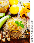 Купить «Zucchini jam with lemon», фото № 33068341, снято 8 июля 2019 г. (c) Надежда Мишкова / Фотобанк Лори