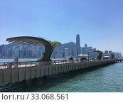 Купить «Redeveloped Avenue of Stars, Hong Kong», фото № 33068561, снято 20 сентября 2019 г. (c) Александр Подшивалов / Фотобанк Лори