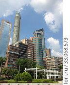 Купить «Hong Kong cityscape», фото № 33068573, снято 25 сентября 2019 г. (c) Александр Подшивалов / Фотобанк Лори