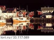 Hamnøy, Fischerdorf auf den Lofoten. Стоковое фото, фотограф Werner  RAPPOLD / PantherMedia / Фотобанк Лори