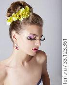 Woman's Face with Bright Trendy Eye Makeup.  Long False Eyelashes. Стоковое фото, фотограф Iryna Hramavataya / PantherMedia / Фотобанк Лори
