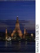Купить «Der Wat Arun Tempel in der Stadt Bangkok in Thailand in Suedostasien.», фото № 33128121, снято 28 мая 2020 г. (c) PantherMedia / Фотобанк Лори