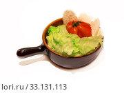 Купить «Dish with a tomato, salad and mozzarella», фото № 33131113, снято 11 июля 2020 г. (c) PantherMedia / Фотобанк Лори