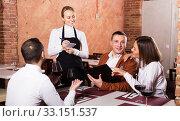 Waitress taking order in restaurant. Стоковое фото, фотограф Яков Филимонов / Фотобанк Лори