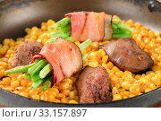 Pan fried chicken liver with sweetcorn and green beans in bacon. Стоковое фото, фотограф Alena Dvorakova / PantherMedia / Фотобанк Лори