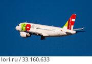 Купить «TAP Air Portugal Airbus A319 CS-TTK taking off from Barcelona Airport», фото № 33160633, снято 2 февраля 2020 г. (c) Яков Филимонов / Фотобанк Лори