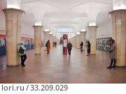 Купить «В центре станции Кропоткинская Московского метро», фото № 33209029, снято 23 февраля 2020 г. (c) Victoria Demidova / Фотобанк Лори
