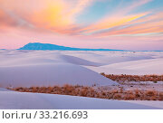 White Sands Dunes in New Mexico, USA. Стоковое фото, фотограф Zoonar.com/Galyna Andrushko / easy Fotostock / Фотобанк Лори