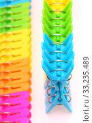 Colorful plastic clothespins. Стоковое фото, фотограф Akiyoko Yokoyama / PantherMedia / Фотобанк Лори